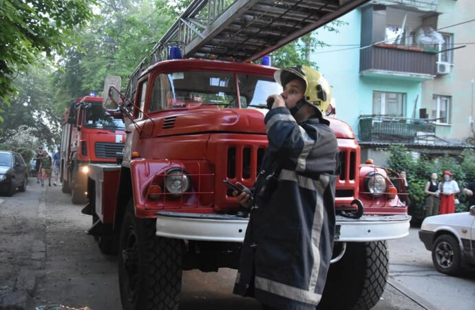 На Балковской в хрущевке выгорела квартира (фото)