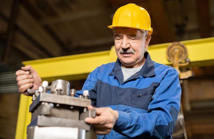 Пенсионный возраст: кому придется работать до 65 лет?