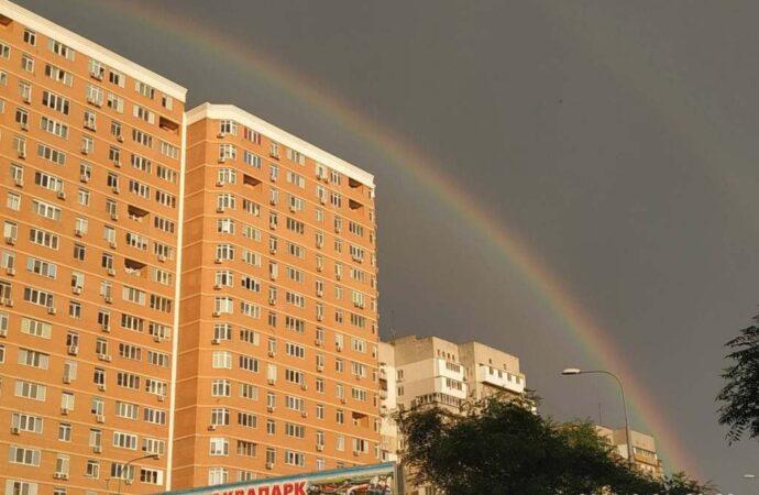 Одесситов порадовала яркая двойная радуга (фото, видео)