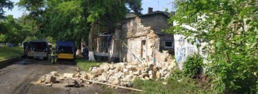 В Одессе на Пересыпи рухнула стена и разрушила газопровод