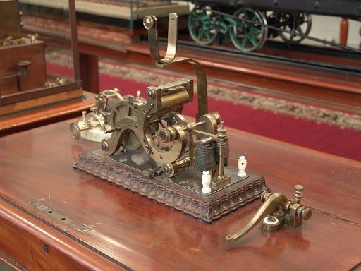 Этот день в истории: Морзе запатентовал телеграф
