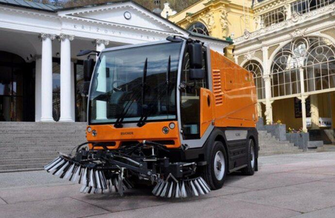 Одесские коммунальщики хотят закупить 10 новых уборочных машин
