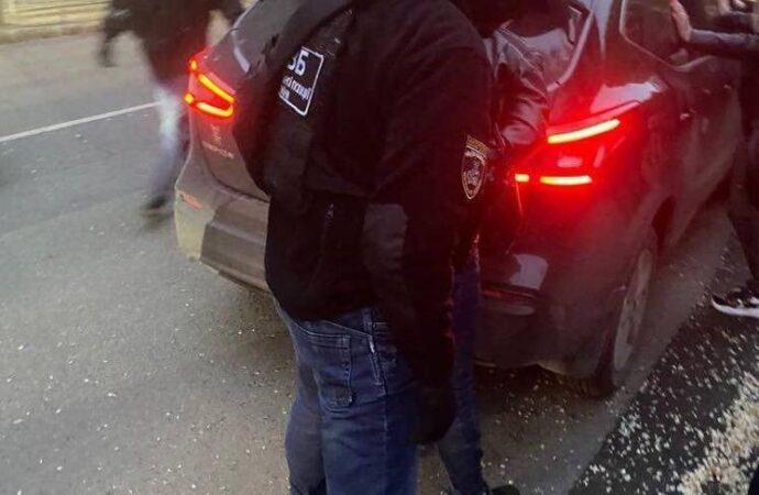 В Одессе арестовали двух полицейских: они работали еще и сутенерами (фото)