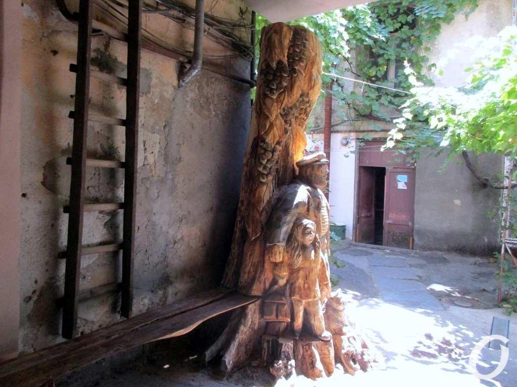 Деревянный креатив, Успенская