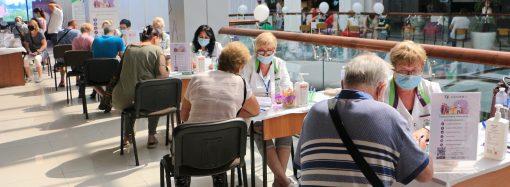 В Одессе снова заработают центры массовой вакцинации от COVID-19 – адреса на 14-15 августа