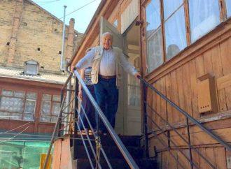 Дом его детства: одесская квартира Михаила Жванецкого станет муниципальным музеем
