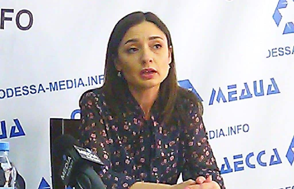 Лариса Пашаева