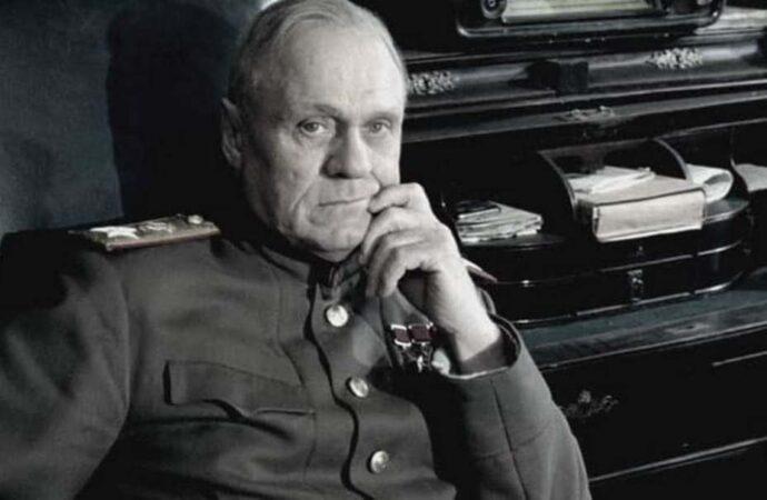 Умер известный кинорежиссер, снявшийся в сериале о послевоенной Одессе