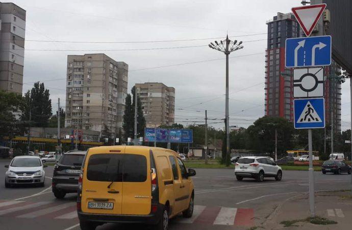 Пробки и ДТП в Одессе 26 августа: аварии на Пушкинской и Николаевской дороге