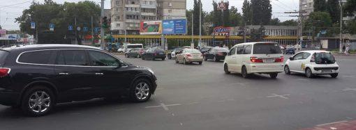 Пробки в Одессе 27 сентября: стоят Люстдорфская дорога и Адмиральский проспект