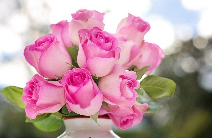 Самые популярные букеты из роз с доставкой по Киеву