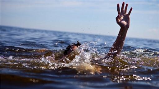 В Лузановке тонула женщина: ее чуть не сгубила опасная болезнь