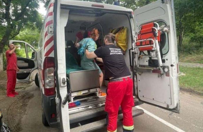 На одесской Трассе здоровья девушка на самокате стала жертвой «газовой атаки» (фото)