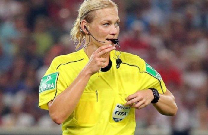 Этот день в истории: когда футбольный арбитр впервые использовал свисток?