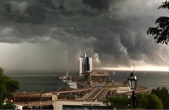 Погода 19 августа: Одессу может накрыть гроза