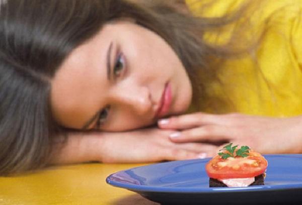 Какие факторы вызывают снижение аппетита и как эффективно устранить проблему