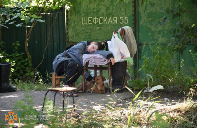 Одесские спасатели организовали пункты размещения для пострадавших от стихии (фото)