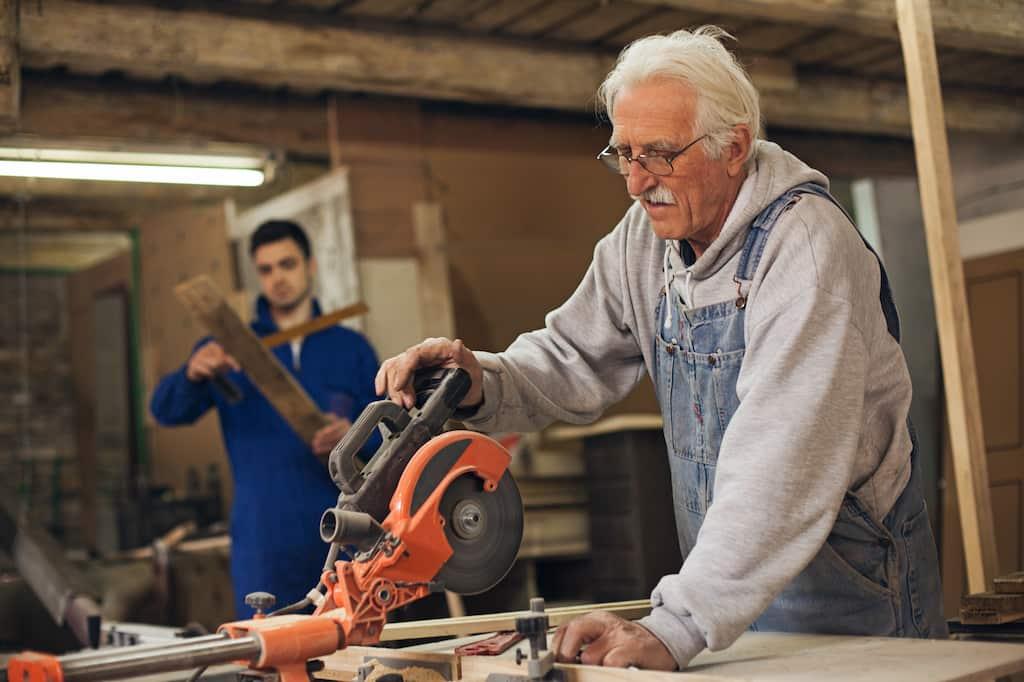 работа пенсионер
