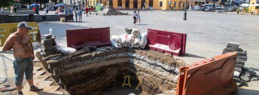 Археологи снова ведут раскопки на Приморском бульваре – что нашли? (фото)