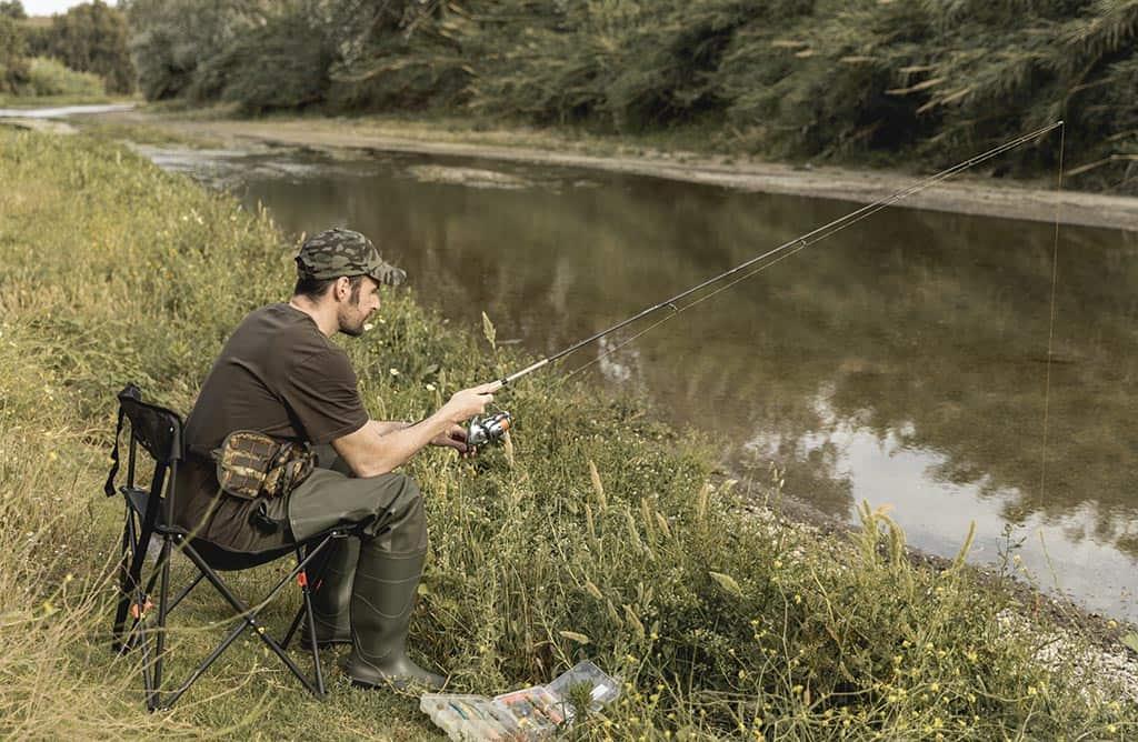рыбак удочка природа река