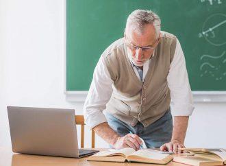 Украинские учителя получат от государства по ноутбуку