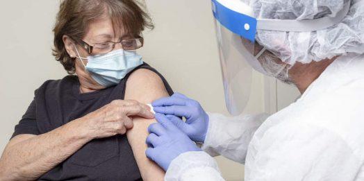 Катерина Ножевникова: Сделайте прививку хотя бы своим родителям