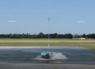 Назвали причину, почему затопило перрон в одесском аэропорту