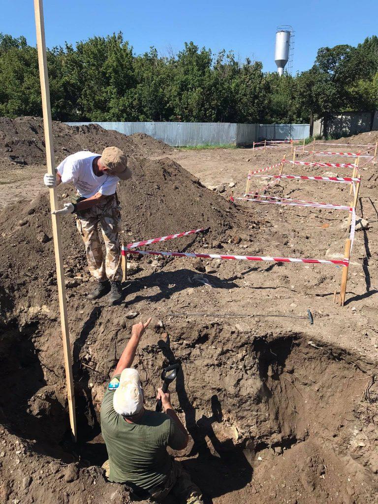 поиски жертв репрессий на 6 км Овидиопольской дороги