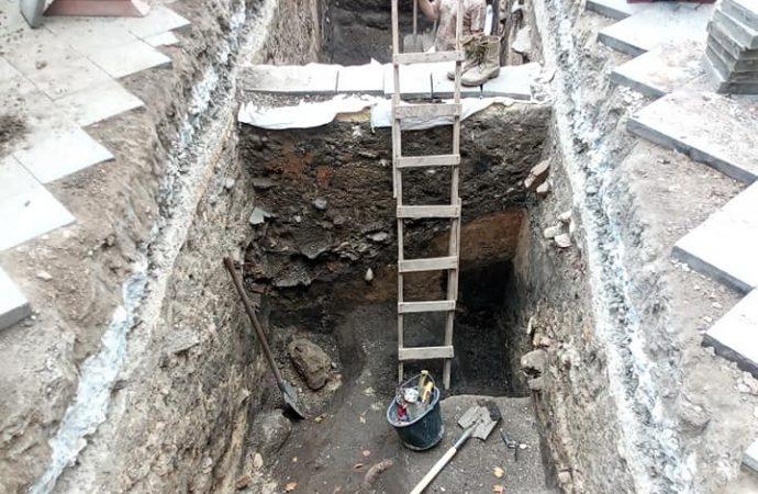 «Тысячи артефактов»: на Приморском бульваре завершились очередные археологические раскопки
