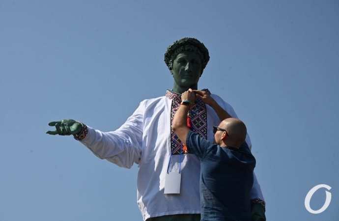 Одесский Вышиванковый фестиваль: рекорда не получилось, но все равно красиво (фото)