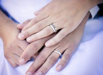 Как выбрать помолвочное кольцо: важные тонкости и нюансы