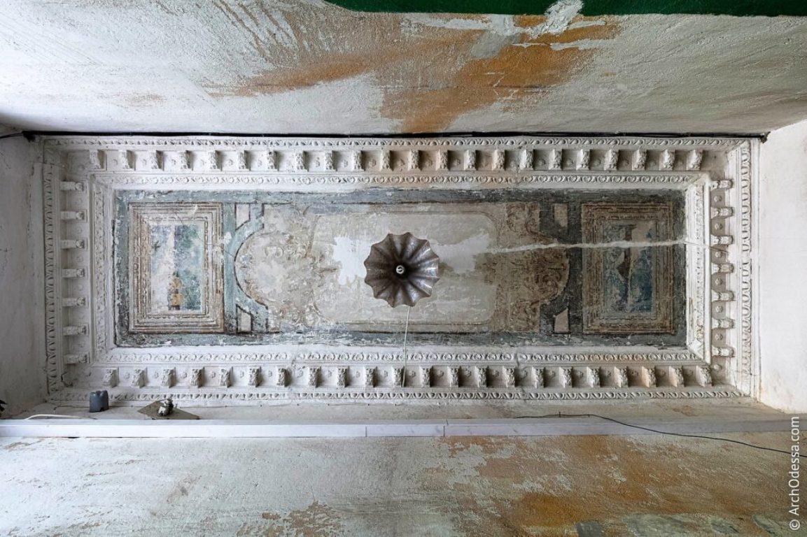 Старинная роспись до реставрации