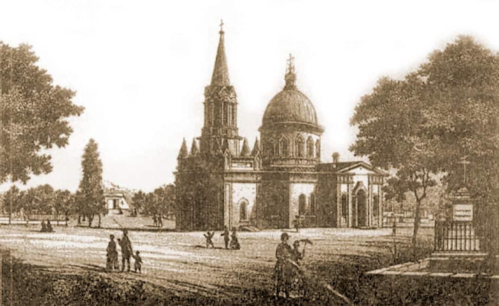 Церковь на старом кладбище