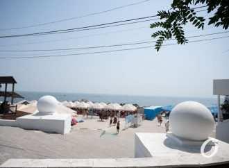 Блеск и не только одесских пляжей: от Ланжерона до Чкаловского (фоторепортаж)