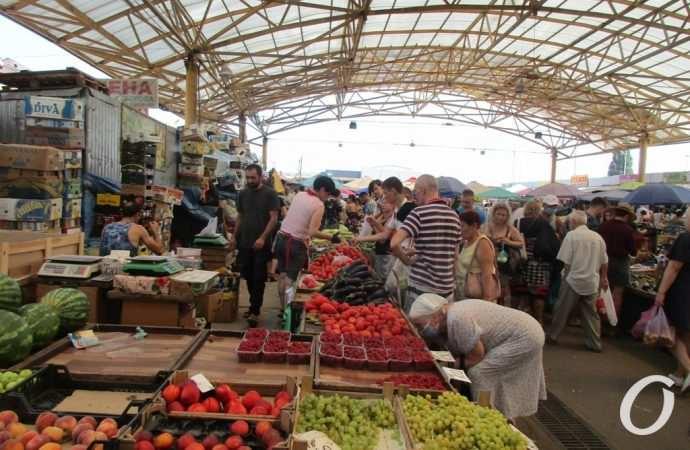 Говорит и показывает «Привоз»: улыбки главного рынка Одессы