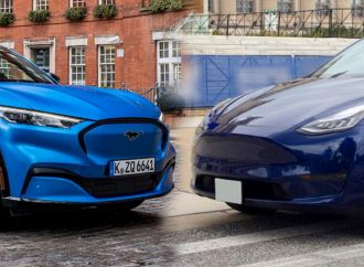 Ford Mustang Mach-E или Tesla Model Y – Сравнение электрокаров
