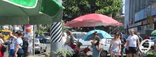 Были цветочники, будет – фонтан: у одесского Привоза хотят снести 80 торговых павильонов
