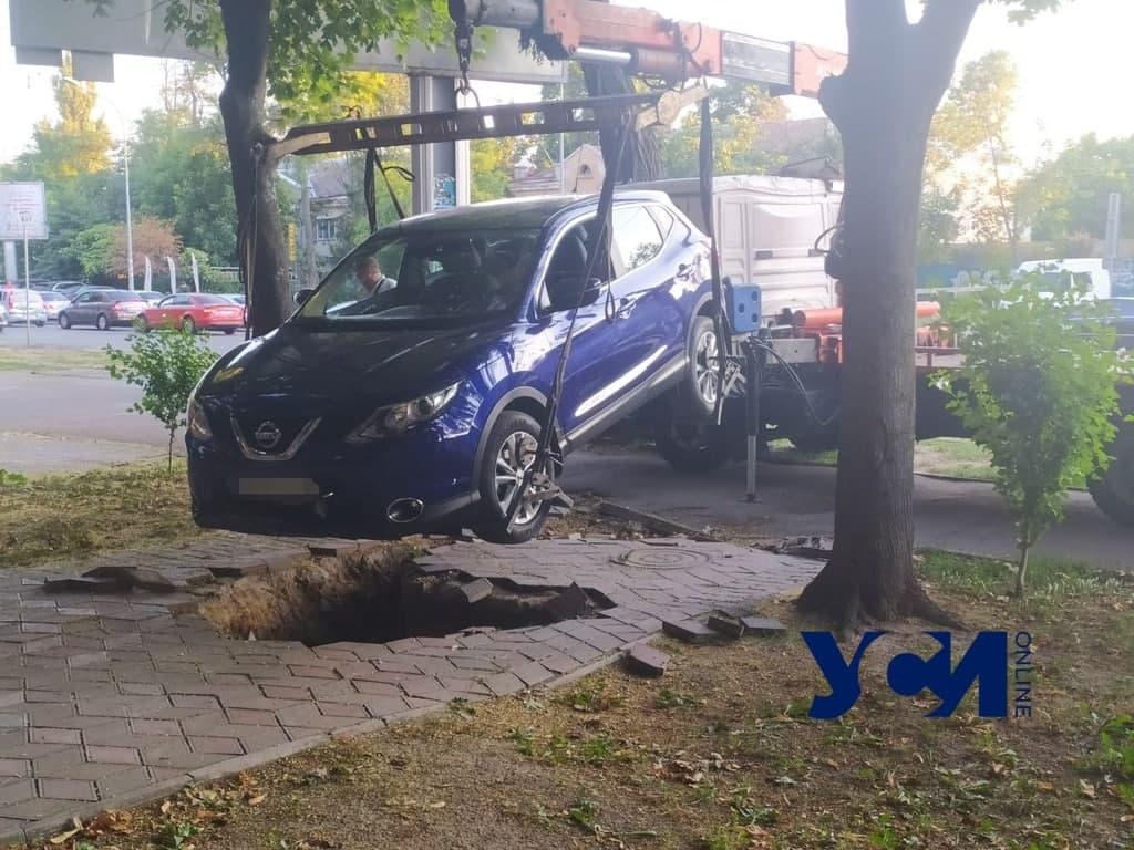 неудачная парковка на Фонтане4