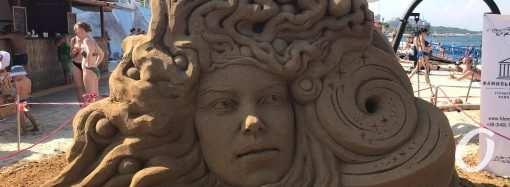 Космос из песка: в Одессе прошел фестиваль песчаных скульптур (фоторепортаж)