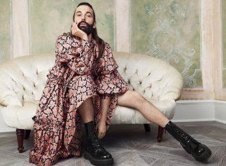 Одессу заполонили мужчины в платьях (видео)
