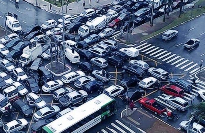 Пробки и ДТП в Одессе 18 августа: два ДТП у Двух столбов и другие аварии