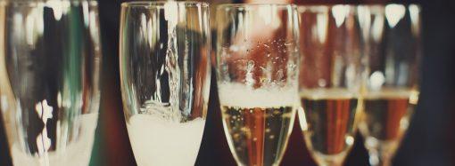 Этот день в истории: кто придумал шампанское?