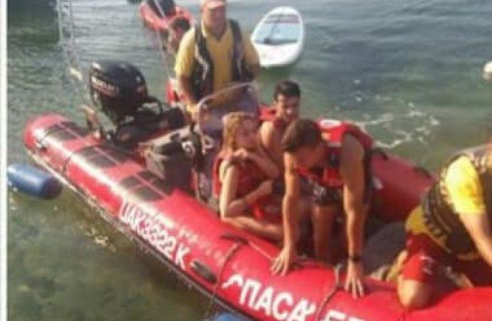 Унесенные морем: в Одессе спасли отдыхающих на плавательных досках