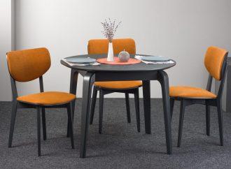 Круглый обеденный стол для душевных посиделок