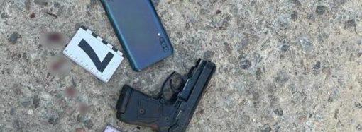 В Одессе на Черемушках неизвестный застрелил мужчину – в городе ввели операцию «Сирена»