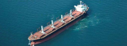 Иностранное судно запачкало море под Одессой – как наказали нарушителя?