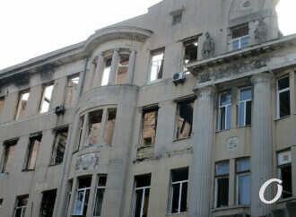 Одесские власти берутся восстановить сгоревший дом Асвадурова: что мешает? (фото)