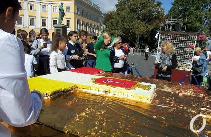 «Угощение Дюка», новые звезды и рекордный заплыв: чем запомнился в Одессе День города 2 сентября