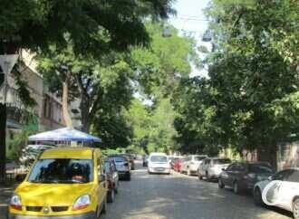Одесская улица Коблевская: былые красоты, нелепицы и рыночное разделение (фото)