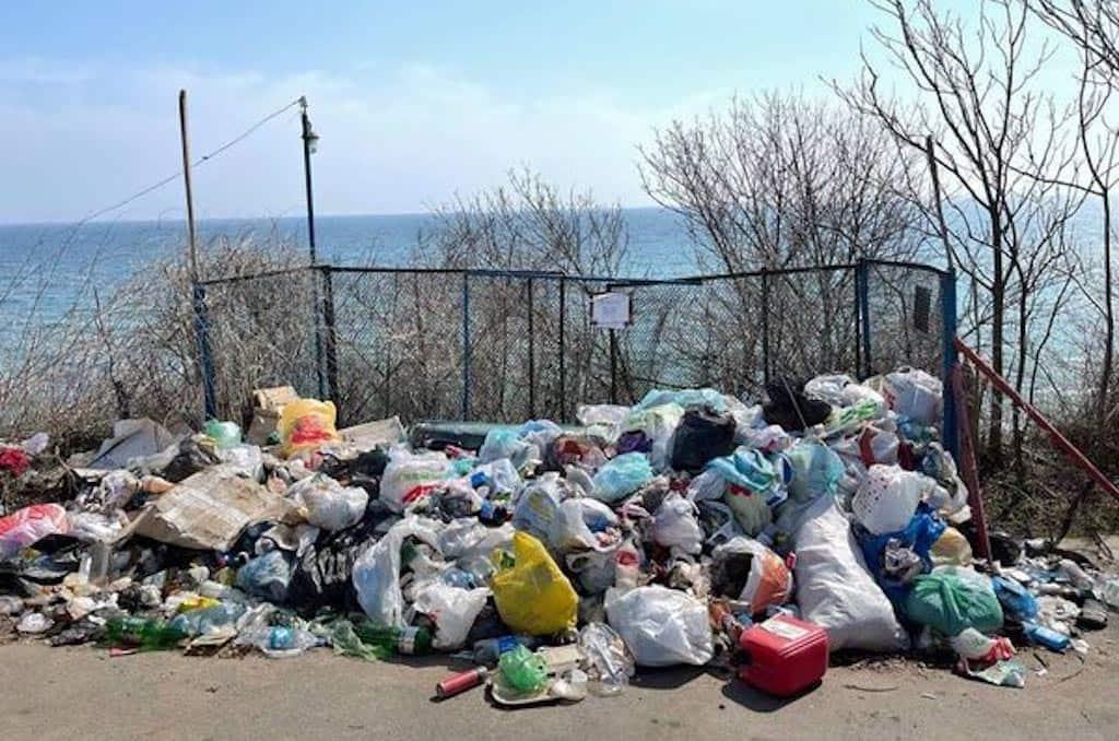 Люстдорф Черноморка мусор